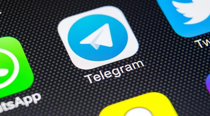 Telegram. Oscurata chat no-vax